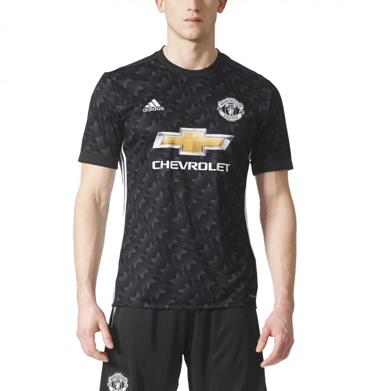 Maillot manchester united ext rieur 2017 18 sur for Maillot exterieur manchester united
