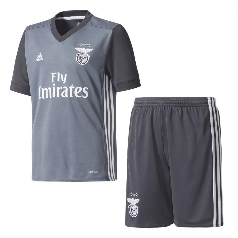 Ensemble junior Benfica extérieur 2017/18