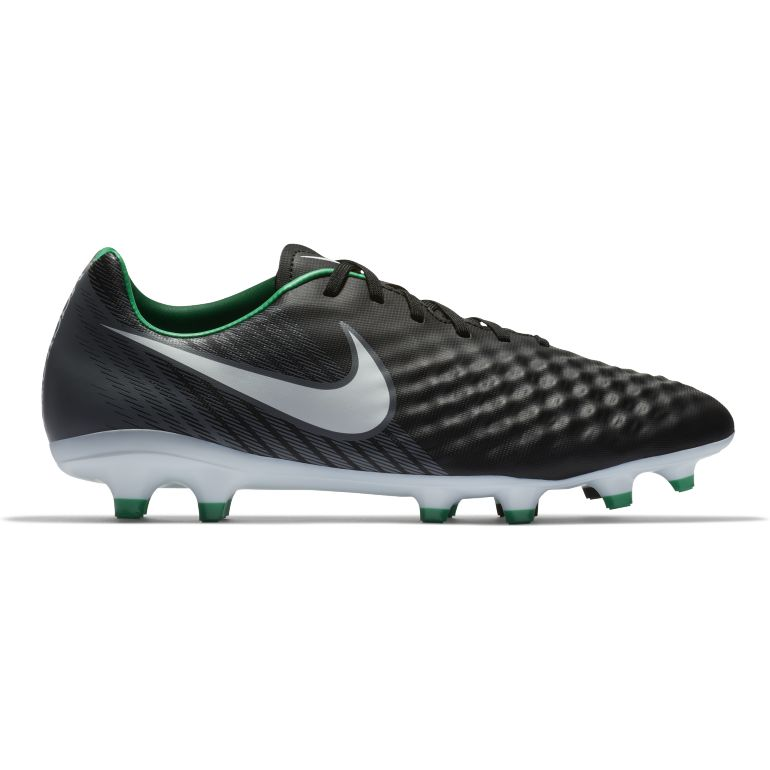 huge selection of b7c79 88cd1 Crampons Nike Magista Pas Cher - Chaussures Foot - Foot.fr