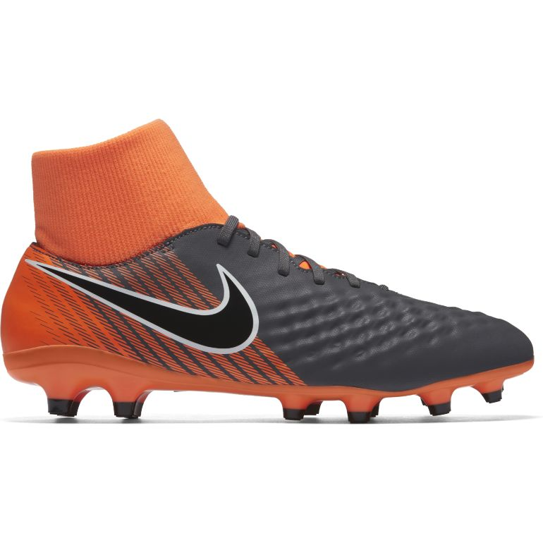 huge selection of 56613 62d2d Crampons Nike Magista Pas Cher - Chaussures Foot - Foot.fr