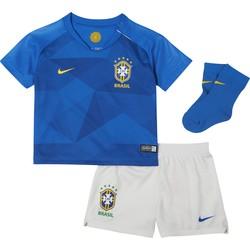 Tenue bébé Brésil extérieur 2018
