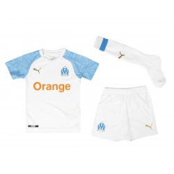 Tenue junior OM domicile 2018/19