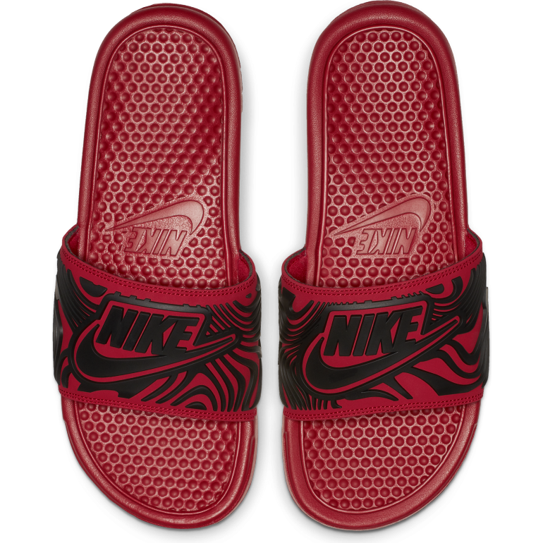 Graphic Nike Sandales Benassi Rouge 201819 OXZiuPkT