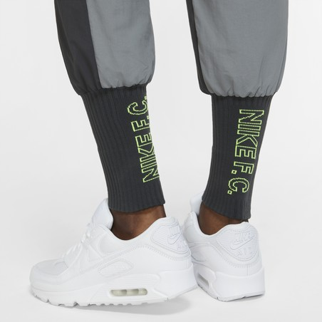 Pantalon survêtement Nike F.C. micro fibre gris