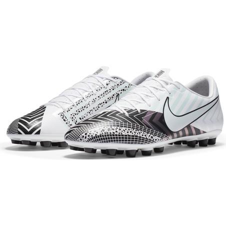Nike Mercurial Vapor XIII Academy AG blanc noir